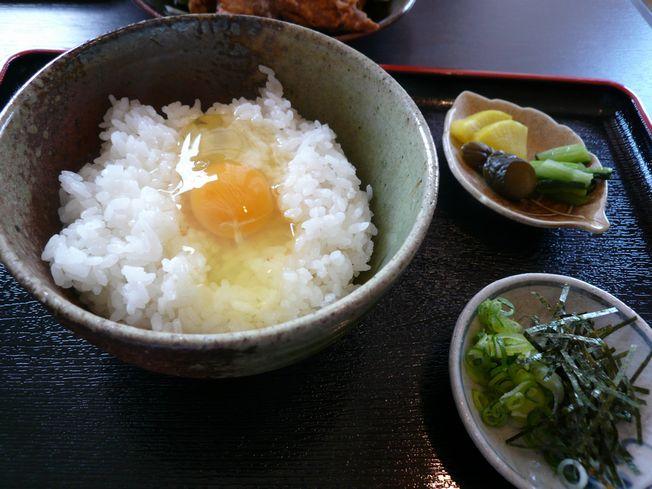 食い倒れオムライス in 山のたまご(伊賀)_f0097683_178467.jpg