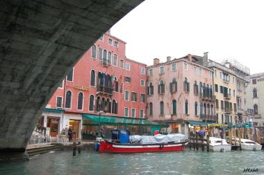 ヴェネツィアで泊まる。「LE TANGO」_d0129786_1519277.jpg