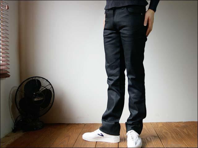 nudie jeans/ヌーディージーンズ slim jim [dry black coated]_f0051306_0572732.jpg