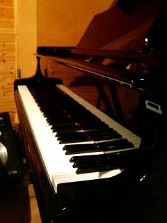 青山ノーチェクバーナ〜ピアノとクラーベ_a0103940_19394039.jpg