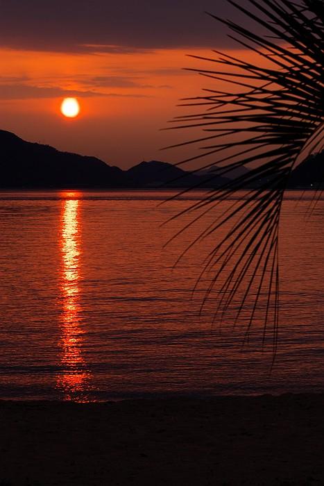 尾道岩子島の夕暮れ_c0152379_9253676.jpg