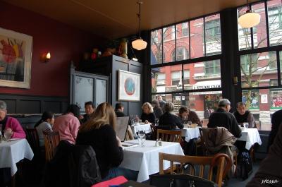 ギャスタウンのカフェでランチ。「WATER ST. CAFE」_d0129786_1574778.jpg