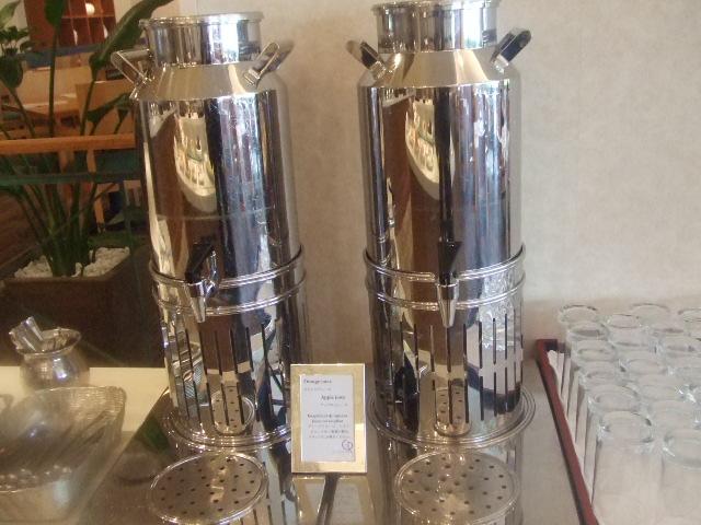 ラディソンホテル成田 ビスタラウンジ チョコレートとクレープ_f0076001_20453698.jpg