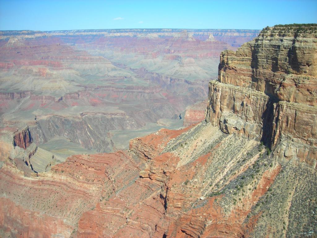衛星から見た地球で最大の峡谷グランド・キャニオン_d0063814_10332648.jpg
