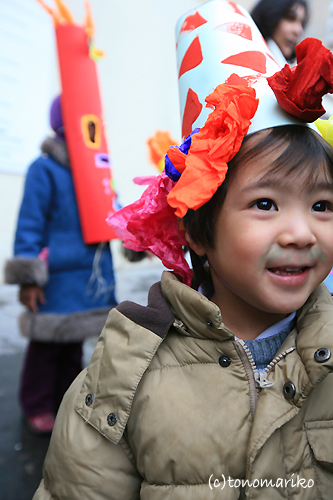 幼稚園の仮装行列_c0024345_1741201.jpg