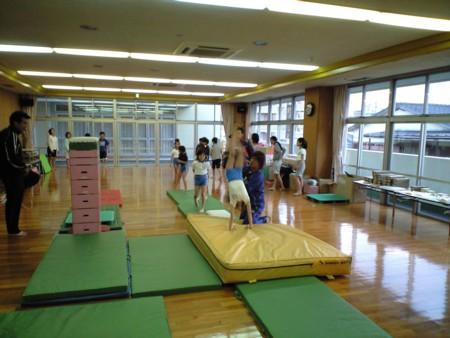 体をやわらく~体操クラブ~♪_d0082356_156366.jpg
