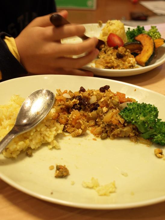 子どもが野菜をたくさん食べる!べジカレープレート_d0128268_195369.jpg