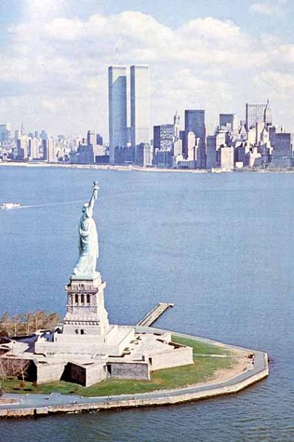 "911再訪:「自由」の女神の独白 (Revisit 9.11: A Monolog of Goddess of ""Liberty\"")_c0139575_22225594.jpg"
