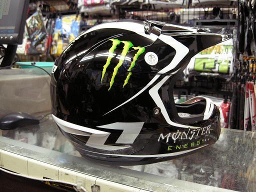 もんすたあのヘルメット 其の三_f0062361_203751.jpg