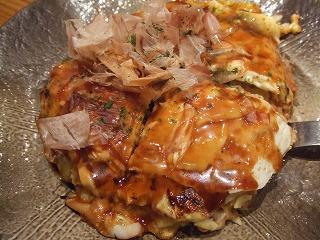東京駅で「明石焼」「お好み焼」を食べた!_e0002086_740318.jpg