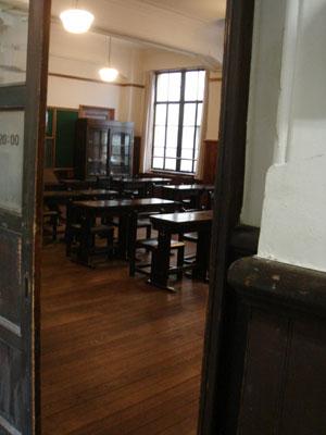 旧明倫小学校(仮)_c0077407_10335696.jpg
