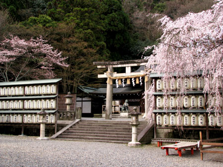 大石神社_e0048413_2145371.jpg