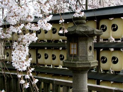 大石神社_e0048413_21453877.jpg