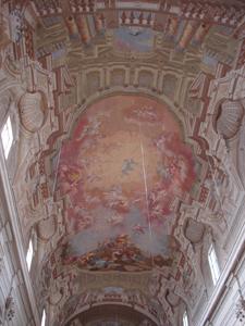 美しい天井画を発見~カルミネ教会ブランカッチ礼拝堂_f0106597_2117196.jpg
