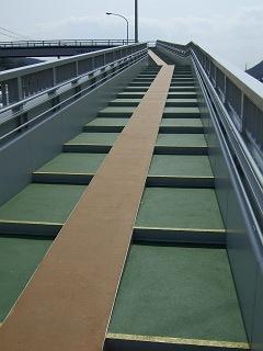 歩道橋の上から・⑲ 中野ふれあい横断歩道橋・その1 _b0095061_1030577.jpg