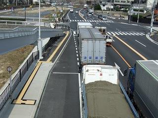 歩道橋の上から・⑲ 中野ふれあい横断歩道橋・その1 _b0095061_10322596.jpg