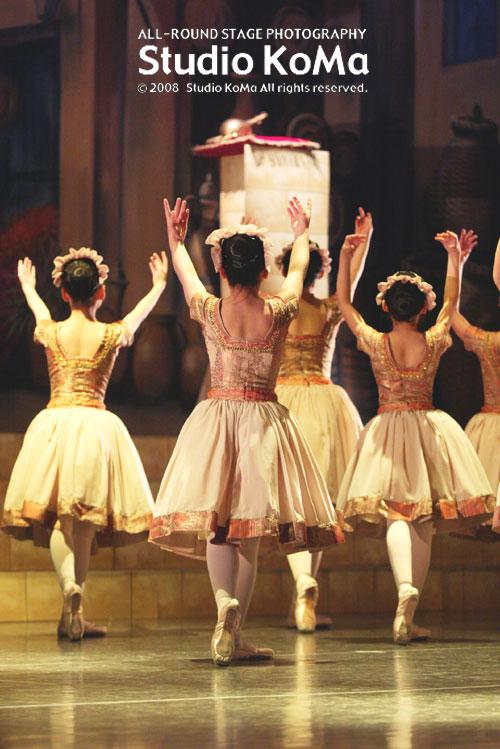 舞踊劇「アラビアン・ナイト」_b0132407_093950.jpg