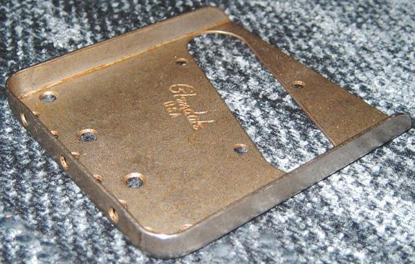 Relic加工が施されたGlendaleのBridge-plate。_e0053731_19211730.jpg