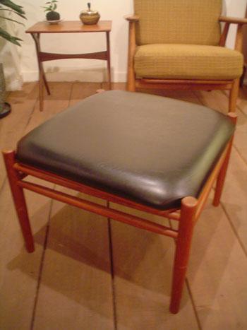 stool (Denmark)_c0139773_203385.jpg
