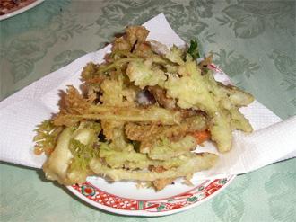 山菜か野菜か?_c0063348_5355674.jpg