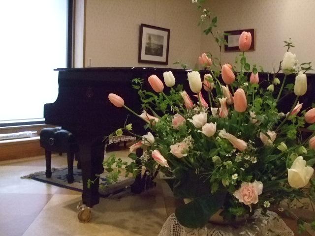 オークリーフ(チューリップの装花)_f0049672_7414069.jpg