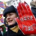欧州における北京五輪妨害活動 - 人権の論理の濫用と逸脱_b0087409_1247454.jpg