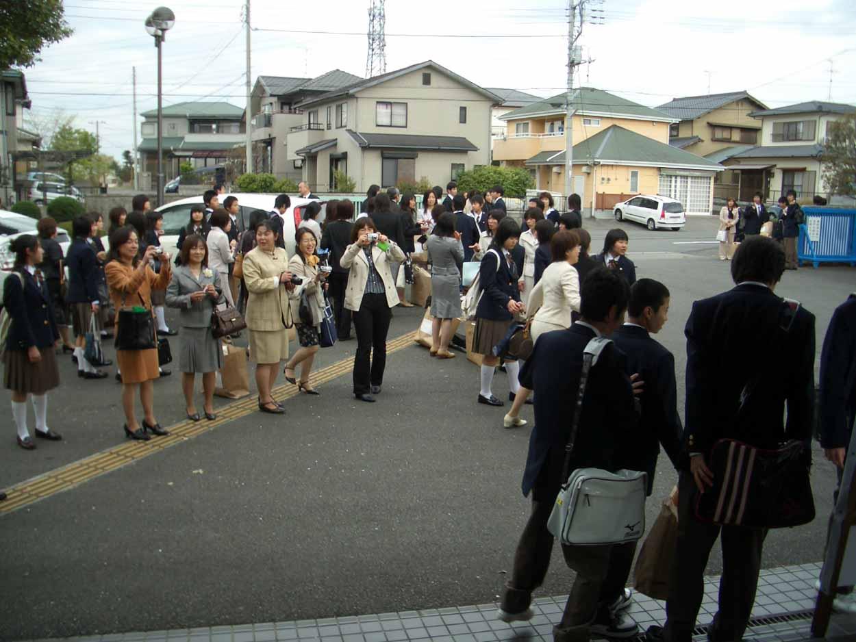 今年4つめの入学式、富士東高入学式!_f0141310_23342377.jpg