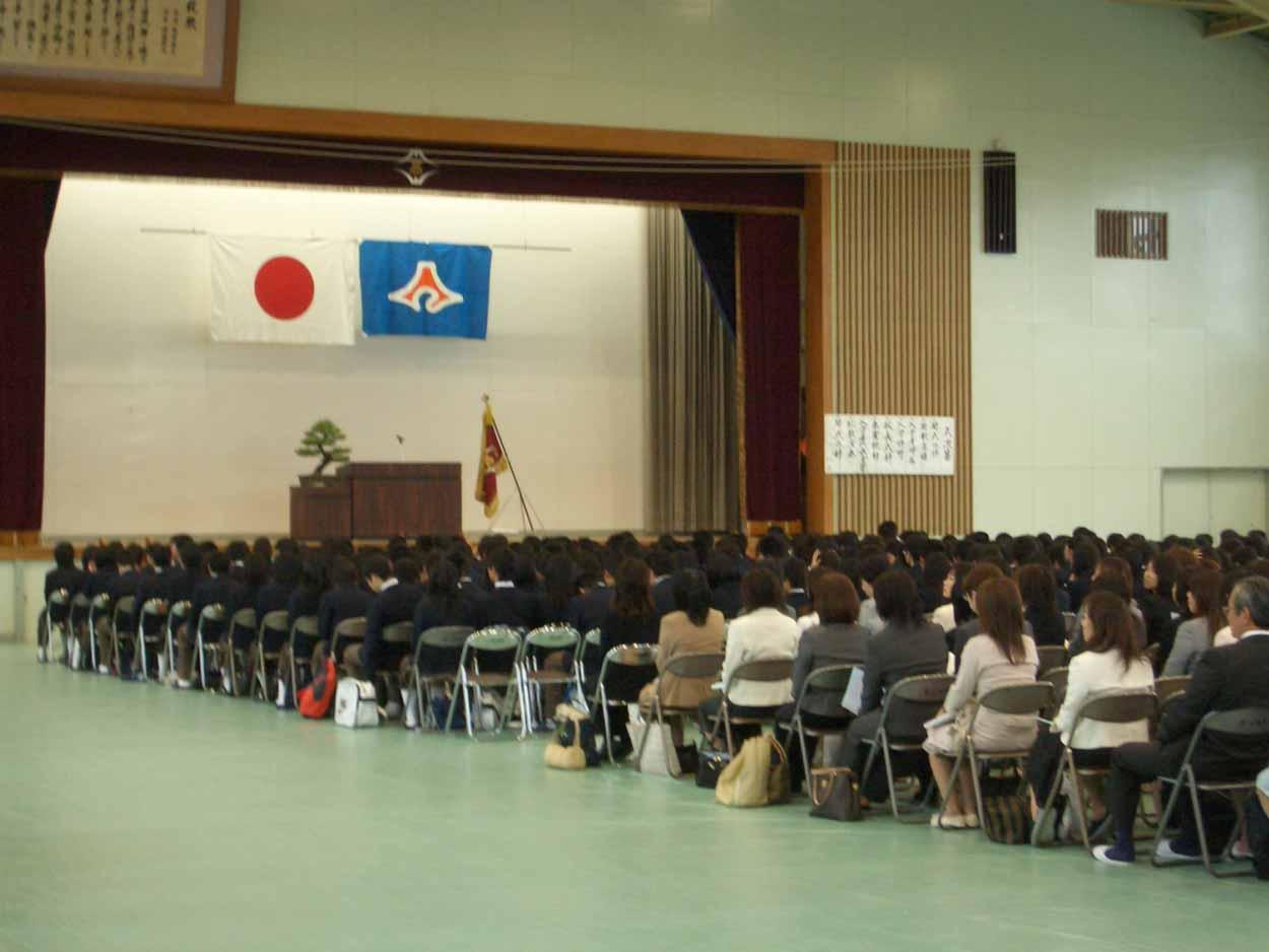 今年4つめの入学式、富士東高入学式!_f0141310_23344429.jpg