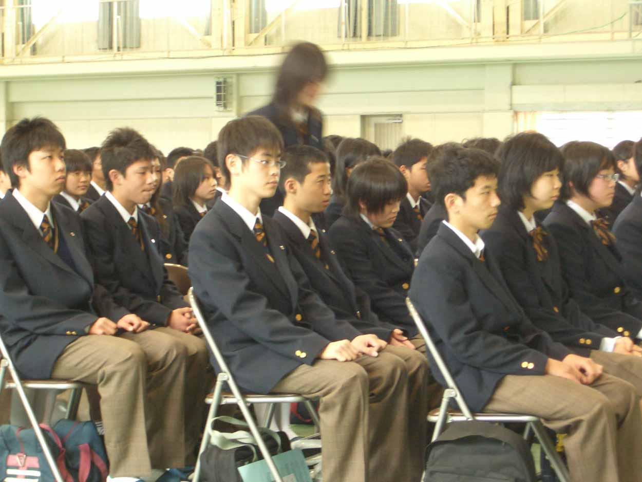 今年4つめの入学式、富士東高入学式!_f0141310_23355273.jpg