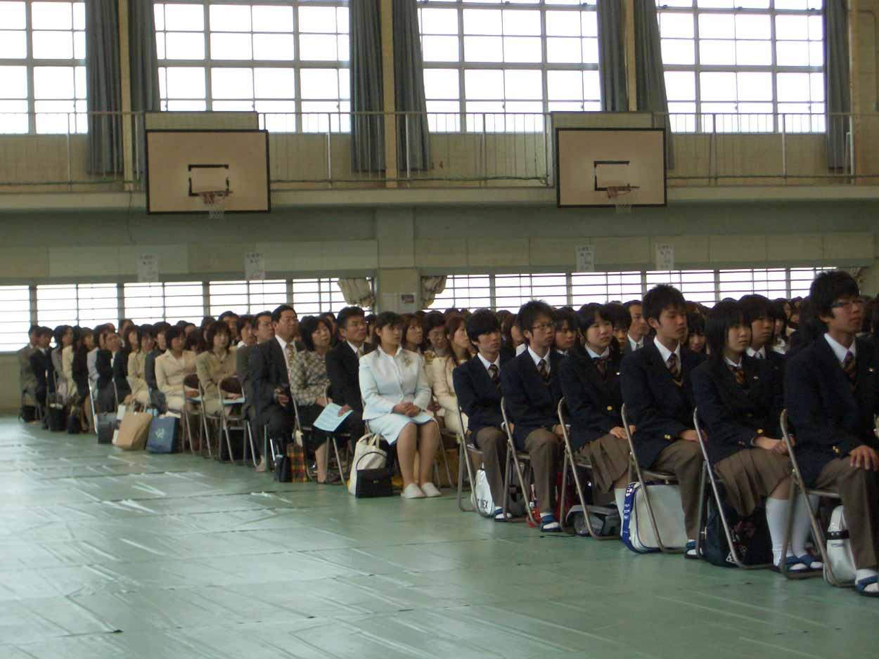 今年4つめの入学式、富士東高入学式!_f0141310_2335690.jpg
