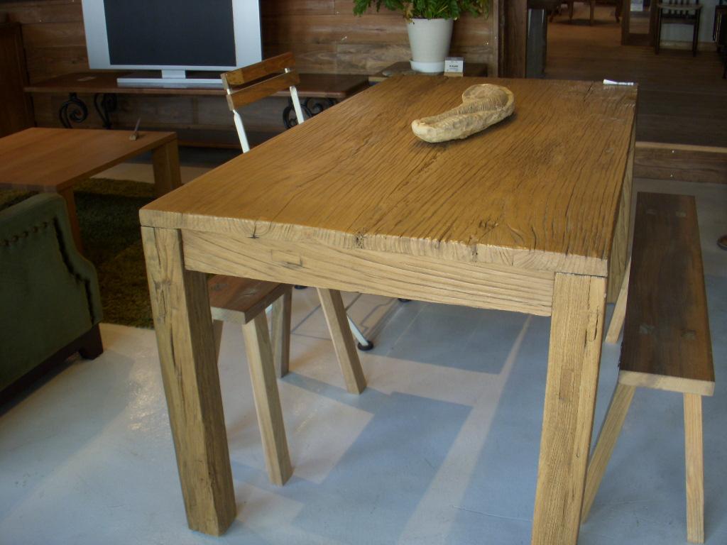 家具の展示会_c0156749_2048750.jpg