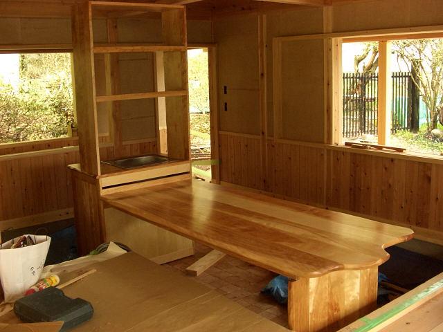 保育園のキッチン、テーブル_e0072513_7385930.jpg