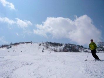 【出撃レポ 4/3】 整地・不整地・新雪・ストップ雪 in かぐら_e0037849_20364068.jpg