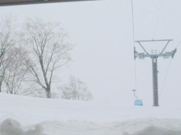 【出撃レポ 4/3】 整地・不整地・新雪・ストップ雪 in かぐら_e0037849_2046532.jpg