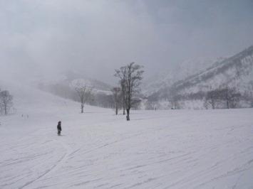 【出撃レポ 4/3】 整地・不整地・新雪・ストップ雪 in かぐら_e0037849_20533413.jpg
