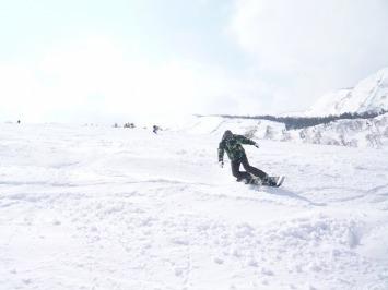 【出撃レポ 4/3】 整地・不整地・新雪・ストップ雪 in かぐら_e0037849_211442.jpg