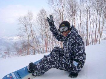 【出撃レポ 4/3】 整地・不整地・新雪・ストップ雪 in かぐら_e0037849_23321457.jpg