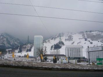 【出撃レポ 4/3】 整地・不整地・新雪・ストップ雪 in かぐら_e0037849_23381792.jpg