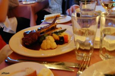 イタリアンレストラン「Il Giardino」へMさんと。_d0129786_1737322.jpg