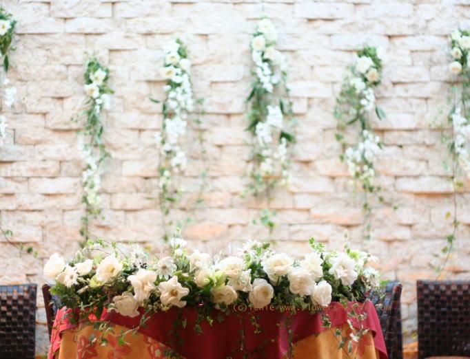 壁面装花 ドアの装花 プティブドン様_a0042928_21455458.jpg