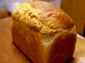 牛乳20%入りワンローフ食パン_c0110869_9315978.jpg