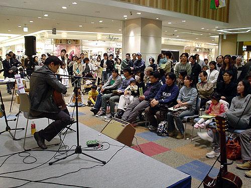 南澤大介先生のミニ・ライブ!_c0137404_23124552.jpg