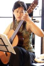 ギターとヴァイオリン ゆびでひくもの、ゆみでひくものby日渡奈那・中根みどり/Rosyトワラーズ+佐古友紀_f0006713_0114344.jpg