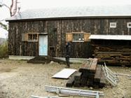 庭が材木置き場になってもーた_b0115652_2241275.jpg