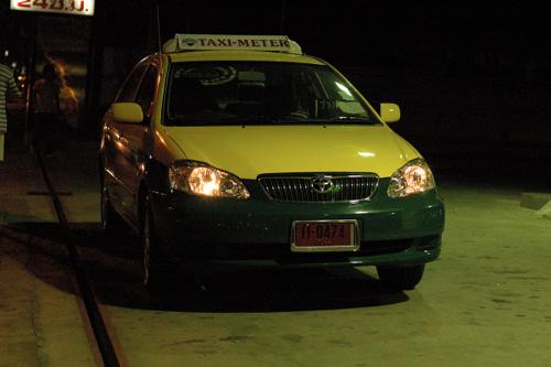 バンコクのタクシー その3_b0131470_1181571.jpg