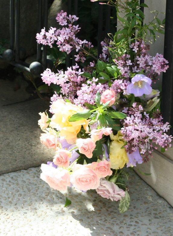 卓上に置く花 ゲストテーブル装花_a0042928_22121063.jpg
