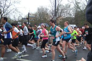 世界最大のマラソン大会「ロンドンマラソン」_e0030586_739032.jpg