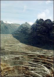 パプアニューギニア・鉱山・HIV/AIDS_c0139575_2021420.jpg
