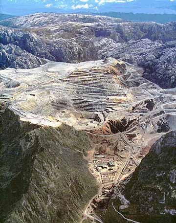 パプアニューギニア・鉱山・HIV/AIDS_c0139575_20243999.jpg