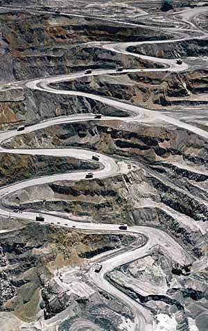 パプアニューギニア・鉱山・HIV/AIDS_c0139575_20245756.jpg